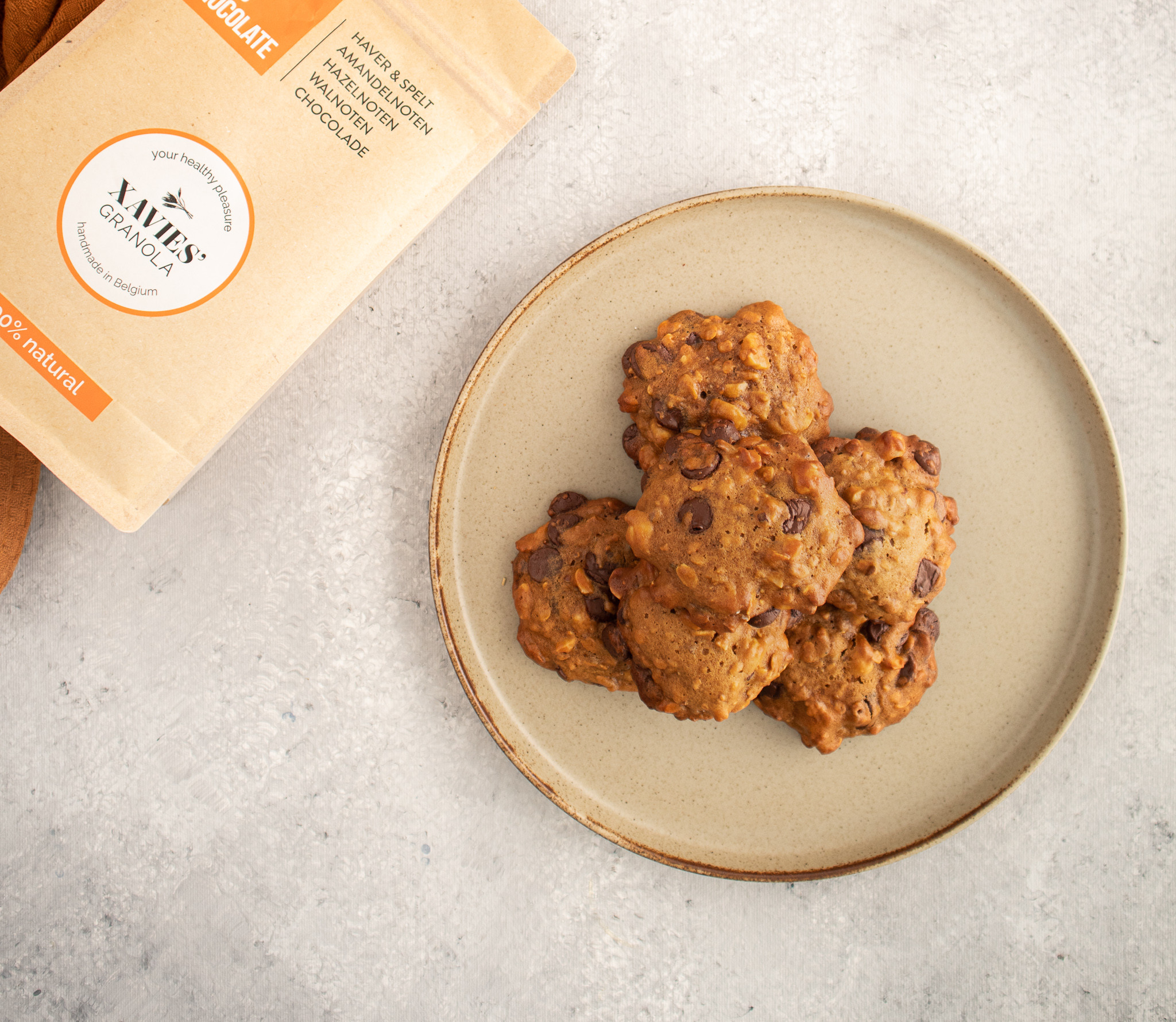 XAVIES' Granola chocolate chip cookies
