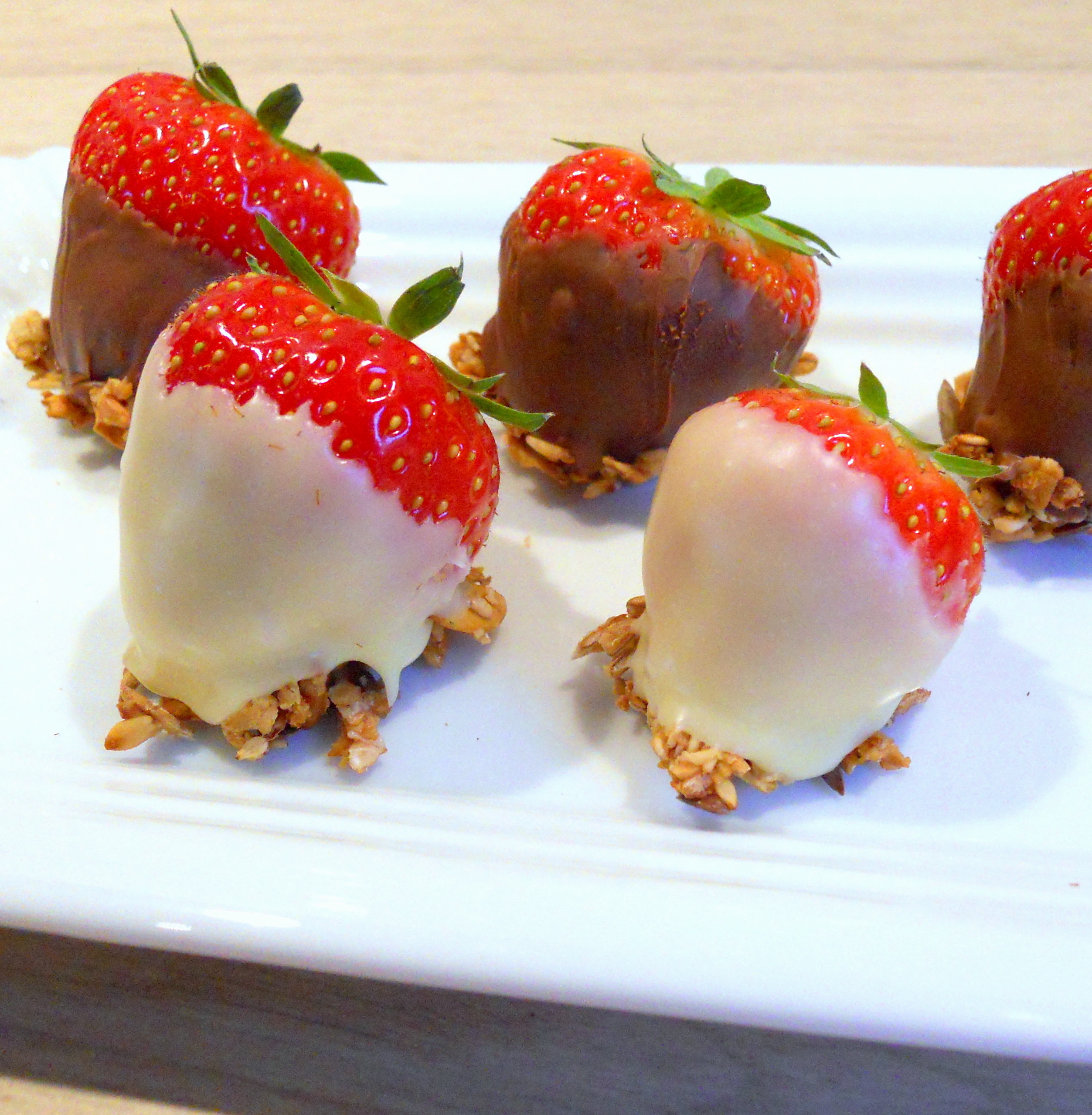 Strawberries with chocolate and delicious XAVIES' Granola
