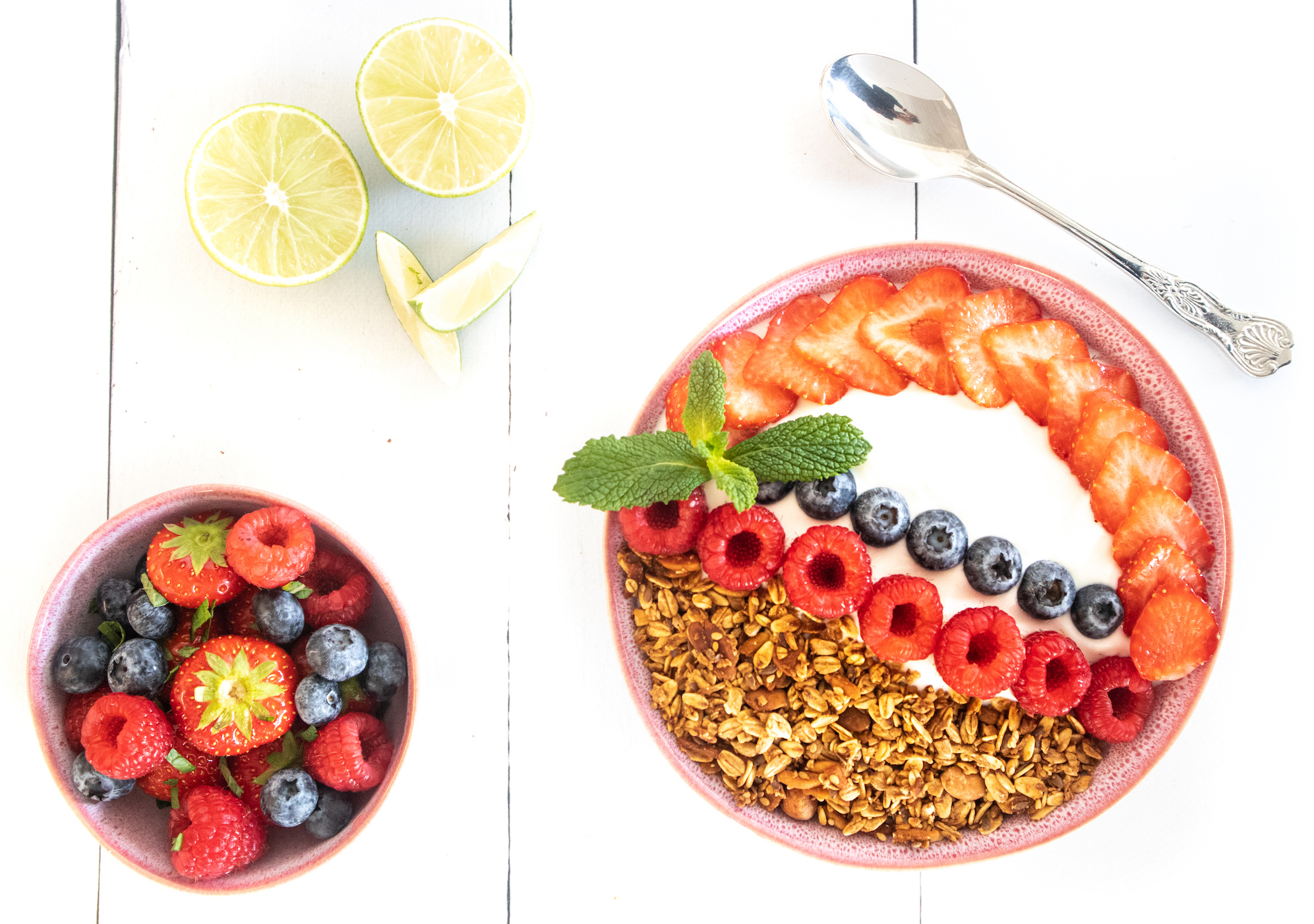 XAVIES'  Nuts Seeds Granola with red fruit